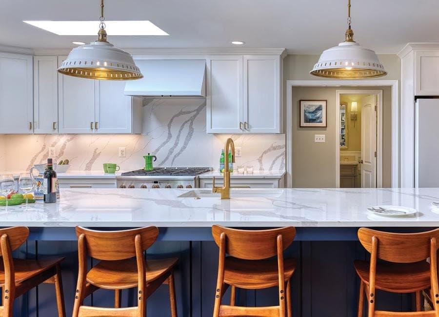 41 Best White Kitchen Ideas - Small White Kitchens 2021